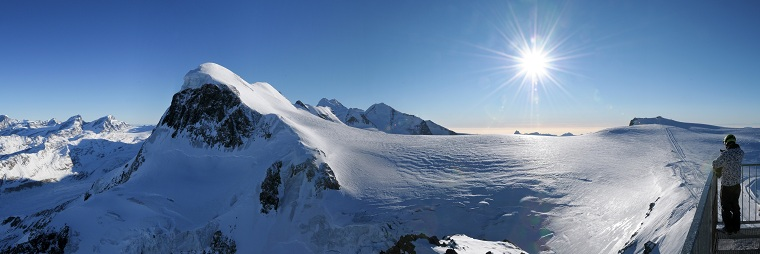 Copyright: Zueger Erwin - Breithorn with Gobba di Rollin Top